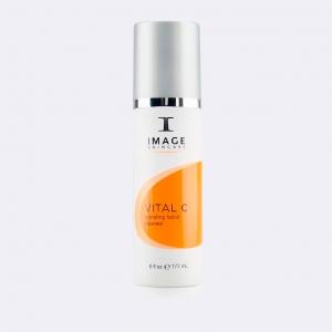 VITAL C hydrating facial cleanser - Очищающее молочко с витамином С